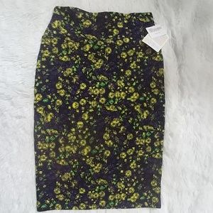 NWT LuLaRoe Cassie Pencil Skirt XS 2-4